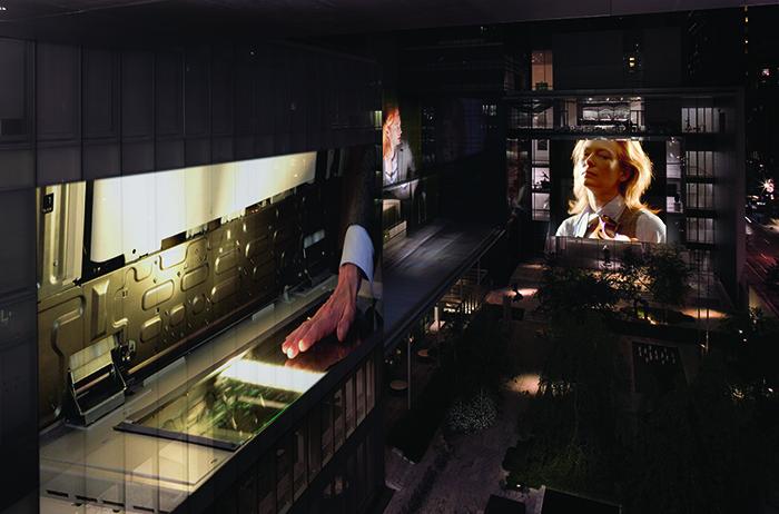 """Doug Aitken, """"Sleepwalkers"""", 2007, videoproyección en los muros exteriores del MoMA, Nueva York."""