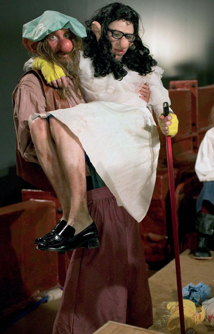 """Paul McCarthy, """"Caribbean Pirates"""", 2001-2005, detalle de la videoinstalación."""